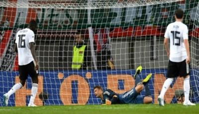 عودة متعثرة لنوير بسقوط ألمانيا أمام النمسا لأول مرة منذ 32 عاما