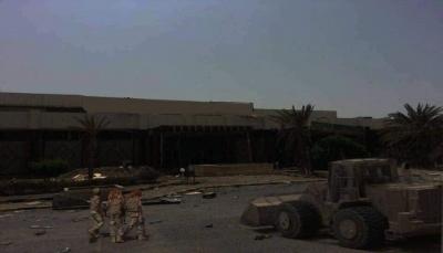 زعيم ميلشيات الحوثي يعترف بتقدم الجيش في مدينة الحديدة ويبرر هزيمة جماعته