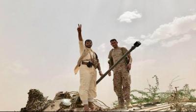 """الجوف: الجيش يغنم دبابة لميلشيات الحوثي في """"مديرية المتون"""" ويأسر طاقمها"""
