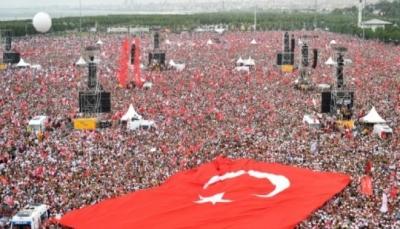 الحملة الانتخابية في تركيا تسدل ستارها على وقع السجالات