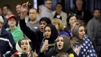 واشنطن بوست: مسلمو أمريكا يتساءلون ماذا بعد قرار الحظر؟