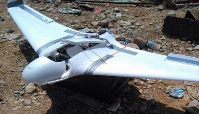 """الجيش يسقط طائرة استطلاع حوثية جنوبي """"تعز"""""""