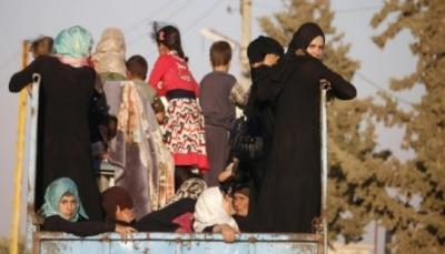نازحون يعودون إلى منازلهم بعد اتفاق وقف القتال في جنوب سوريا