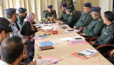 """مدير شرطة مأرب يلتقي فريق مركز حماية المدنيين في النزاعات """"سيفيك"""""""