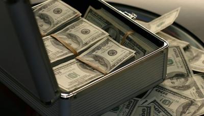 """عزز موقعه كأثرى رجل في العالم.. ثروة مؤسس """"أمازون"""" تتجاوز 150 مليار دولار"""