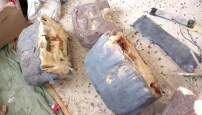 قائد عسكري: خبراء من إيران وحزب الله يطورون صناعة الألغام الحوثية