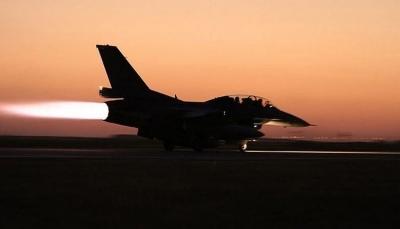 قصف جوي عنيف يستهدف مواقع لمليشيا الحوثي بالحديدة