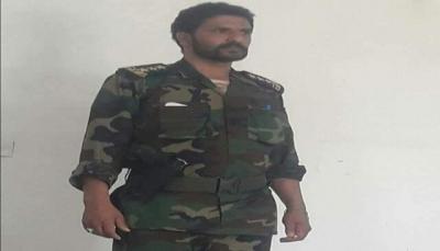 البيضاء: مصرع قيادي حوثي وإصابة مرافقيه في انفجار قنبلة كان يعبث بها (إسم وصورة)