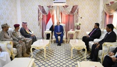 الرئيس هادي يعود إلى عدن بعد زيارة استمرت ساعات إلى المهرة