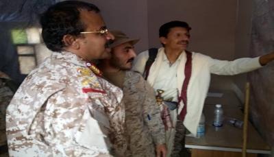 محافظ البيضاء وقائد التحالف يطلعان على الجاهزية القتالية بمحور البيضاء