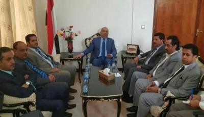 اللجنة الوطنية للتحقيق تناقش مع وزير الخارجية سبل التعاون المشترك