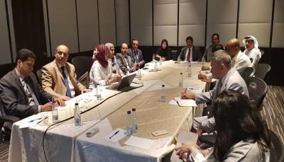 """اللجنة الوطنية للتحقيق تلتقي عدد من السفراء وتؤكد على """"التحلي بأعلى درجات المسؤولية"""""""