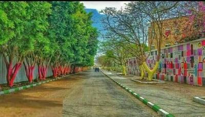 """إب: الحوثيون يسعون لإفتتاح """"مركز حجر صحي"""" في جامعة إب وسط رفض طلابي"""