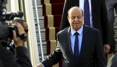 صحيفة: هادي يغادر عدن اليوم متجهاً إلى مصر للقاء السيسي