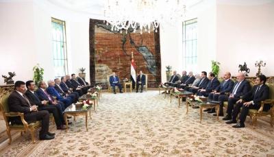 الرئيس هادي: إنهاء الإنقلاب ومحو آثاره كفيل بوقف الحرب وتوقيف معاناة الشعب اليمني