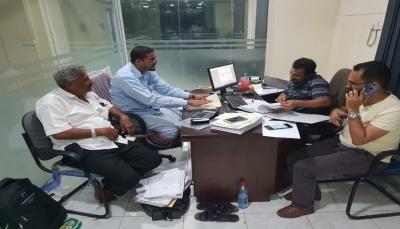 بدء صرف مرتبات موظفي جامعة الحديدة وست مديريات محررة بالمحافظة