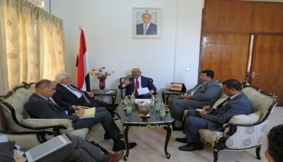 المبعوث الأممي يجدد الإلتزام الكامل بالمرجعيات الثلاثلحل الأزمة في اليمن