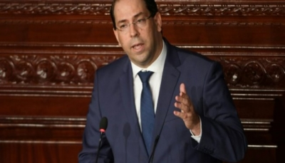 حزب نداء تونس يجمد عضوية رئيس الحكومة فيه