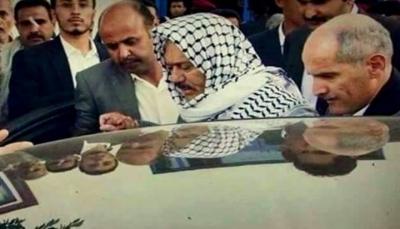 """التحالف يُفشل خروج أفراد من عائلة """"صالح"""" إلى عُمان عقب إطلاق الحوثيين سراحهم"""