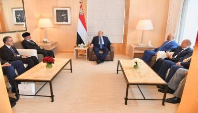 """الرئيس هادي يشيد بمواقف """"سلطنة عمان"""" تجاه اليمن"""