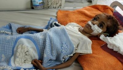 أطباء اليمن في سباق مع الزمن لعلاج أطفال يعانون من سوء التغذية