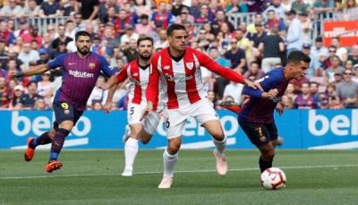 """برشلونة يواصل التعثر في """"الليغا"""" بتعادل مع بيلباو"""
