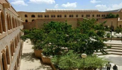 """""""جامعة صنعاء"""".. خاوية من الطلاب والأساتذة وتدهور مريع مع بدء العام الدراسي (تقرير خاص)"""