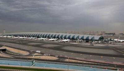 الحوثيون يقولون إنهم شنوا هجوم جوي على مطار دبي الدولي