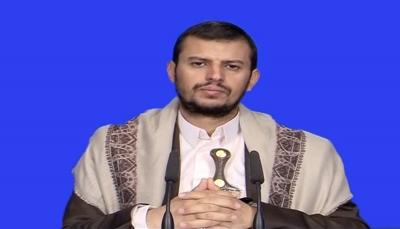 أبدى تخوفه من الثورة.. زعيم المليشيا يحرض الناس على اقتحام المتاجر في صنعاء
