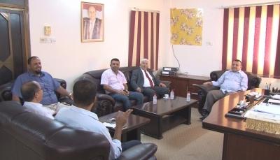 """اجتماع في """"عدن"""" يناقش استكمال اجراءات صرف زيادة مرتبات قطاع الصحة"""