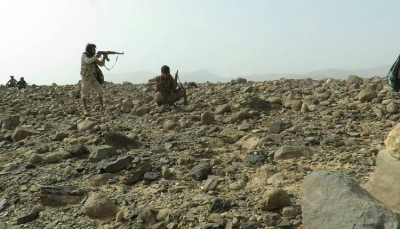 """خلافات بين قيادات ميلشيات الحوثي بعد مقتل 12 قياديا في """"صرواح"""" بمأرب"""