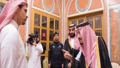 العاهل السعودي وولي عهده يستقبلان عائلة جمال خاشقجي وأردوغان يعزيهم هاتفياً