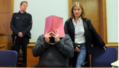 محاكمة ممرض  قتل أكثر من 100 شخص