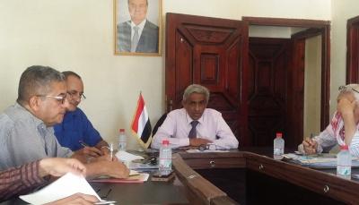 """وزارة المياه تناقش كيفية حصر الأضرار التي لحقت بقطاعاتها في """"المهرة"""""""