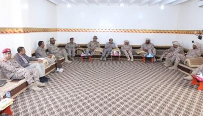 نائب الرئيس يزور مقر قيادة قوات التحالف بمحافظة مأرب