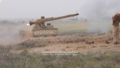 """حجة: الجيش يحرر عدة قرى في""""حرض"""" ومقتل عشرات الحوثيين وأسر 15 آخرين"""