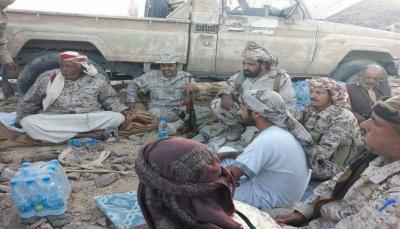 قائد عسكري بالتحالف العربي يزور جبهة البيضاء