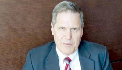 السفير الأمريكي: تلقيت تأكيدات قاطعة من الحكومة اليمنية دعمها مقترحات غريفيث لبناء الثقة
