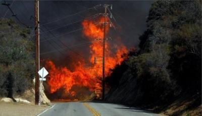 الحرائق تهجر المشاهير من منازلهم في كاليفورنيا الأمريكية