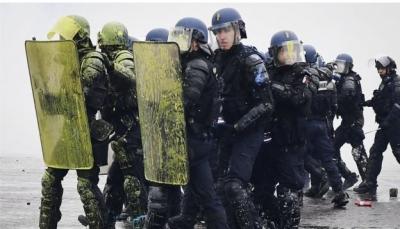 """ماكرون يدعو لاجتماع أمني عاجل عقب أعمال شغب في باريس واحتمال فرض """"حالة الطوارئ"""""""