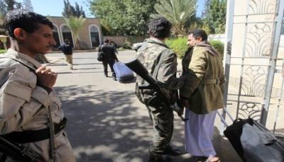 مجموعة الازمات الدولية: موقف الحوثيين بالمحادثات ليس قوياً لكنهم يراهنون على استغلال المجاعة (ترجمة)