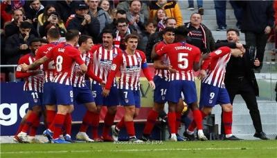 """أتلتيكو مدريد يناطح برشلونة في صدارة الليجا بعد هزيمتة لـ """"ألافيس"""""""