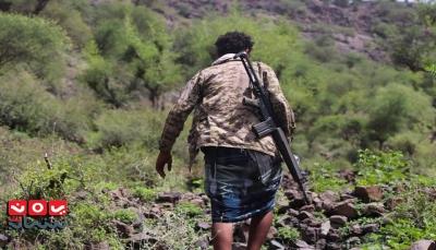 """تعز: مواجهات عنيفة بين الجيش والمليشيات في جبهة """"مقبنة"""""""