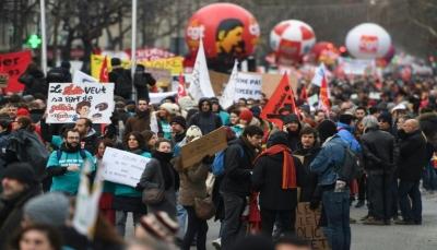 """محتجو """"السترات الصفراء"""" في فرنسا مصممون على التظاهر مجددا رغم التحذيرات"""