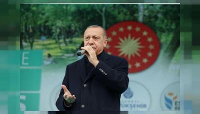 تركيا تقول إنها لن تسمح للولايات المتحدة بمنع تقدمها في سوريا
