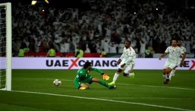 الإمارات تنجو من خسارة افتتاحية أمام البحرين