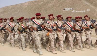 قائد محور المهرة: الجيش والأمن سيظلان الصخرة التي تتحطم عليها المؤامرات والمكائد