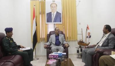 وزير الداخلية يشدد على تفعيل دور الأجهزة الأمنية بالمناطق المحررة في البيضاء