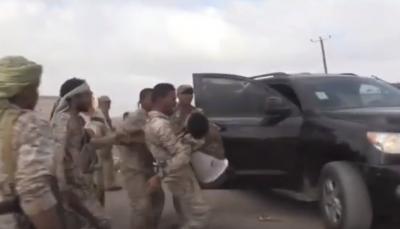 """شاهد - فيديوهات للحظة إنفجار الطائرة المسيرة وإسعاف الضحايا في """"قاعدة العند"""""""