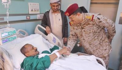"""وزير الدفاع: جريمة """"العند"""" لن تثني الجيش عن مواصلة معركته ضد مليشيا الحوثي"""
